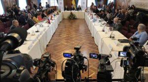 Países de la región suscriben Declaración de Quito por crisis migratoria venezolana