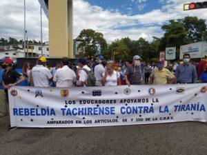 Docentes protestan en todo el país, por segunda vez en un mes