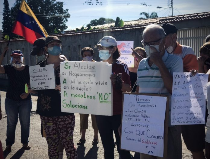 10.12.20 Vecinos protestan por fallas en servicios. Naguanagua, Carabobo.