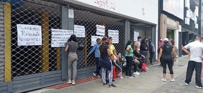 Trabajadores informales protestan en Caracas